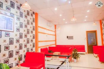 Cho thuê sang nhượng lại quán cafe mặt tiền Quang Trung Gò Vấp, DT 230m2, giá sang 500tr