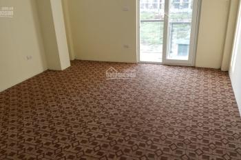 Cho thuê nhà 5 tầng, 22 tr/tháng, ngõ 885 Tam Trinh