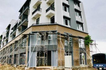 Bán nhà mặt phố thành phố Phúc Yên, xây 5 tầng, mặt tiền 5m, sổ đỏ chính chủ. LH: 0981013333