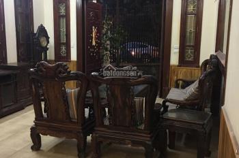 Cho thuê nhà ngõ 193 Trung Kính 50mx4,5 tầng giá 28tr/tháng.