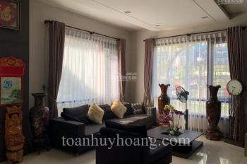 Cho thuê villa hồ bơi gần sân bay quốc tế Đà Nẵng, 4 phòng ngủ khép kín, giá 69.5 triệu
