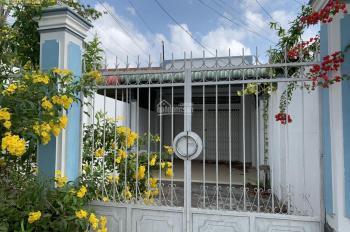 Bán nhà mặt tiền đường Tầm Vu, Q. Ninh Kiều, TP Cần Thơ. Liên hệ: 0946 374 881