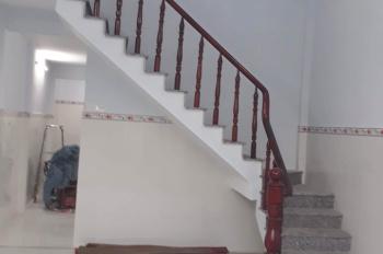 Cần tiền bán gấp nhà liên ấp 1,2,3 Vĩnh Lộc B, Bình Chánh. LH 0915693990