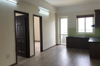 Bán căn hộ chung cư phòng C5 tầng 9, 335 Cầu Giấy, phường Dịch Vọng, quận Cầu Giấy lh: 0377294896