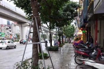 Bán gấp nhà mặt đường Nguyễn Trãi, 75m2, lô góc mặt tiền 8m, vỉa hè rộng KD ngày đêm, giá 12 tỷ