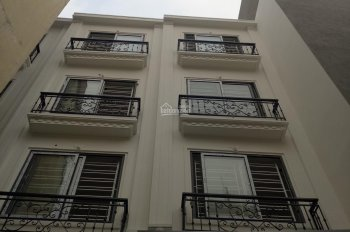 Mình chính chủ bán nhà 4 tầng Mậu Lương DT 35m2, giá 1,85 tỷ, ô tô đỗ cửa, LH: 0977135528