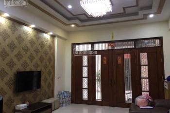 Cho thuê nhà nguyên căn phố Vĩnh Phúc, Ba Đình