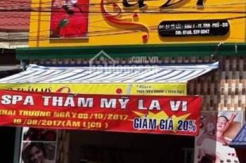 Bán nhà mặt tiền 1 lầu ngay trung tâm thị trấn Tân Phú, Đồng Nai. LH C Oanh 0376963921