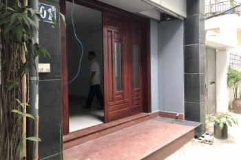 Chính chủ cần bán nhà phố Quan Nhân, Thanh Xuân dt 70m, mt 4m. 4  ô tô 2 mặt ngõ lh 0967892326