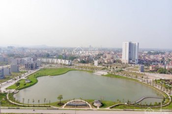 Bán LK8 giá 2 tỷ đường Bàng Bá Lân đối diện Hà Nội Bắc Giang, đẹp nhất dự án Bách Việt 0845911994