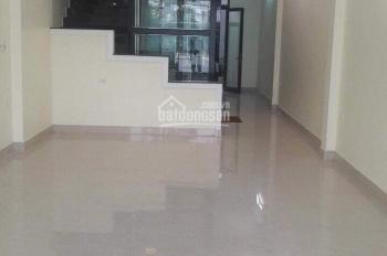 Cho thuê nhà 3 tầng làm văn phòng phố Ngọc Lâm, gần ga Gia Lâm, đường 10m, 16tr/th. LH: 0936373996