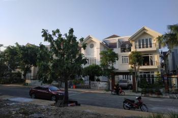 Cho thuê nhà dạng biệt thự ở trung tâm hành chính thị xã Dĩ An