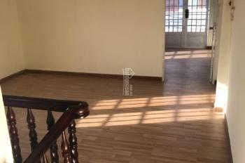 Chính chủ cần bán căn nhà 1 trệt 1 lầu, đường 339, Phước Long B, Quận 9