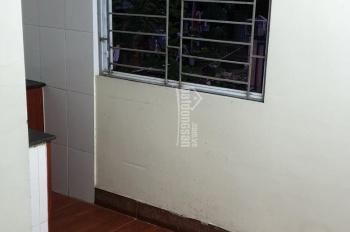 Chính chủ bán gấp căn hộ tập thể A7 Nam Đồng 0975810239