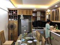 Gia đình cần bán gấp nhà mặt ngõ Hạ Đình, DT 32m2, MT 3,2m, 5 tầng, giá 2,7 tỷ