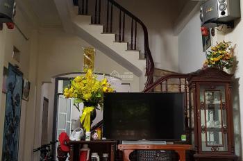 Nhà gần hồ Mậu Lương, TK hiện đại có lửng 4 tầng 4PN 1,93 tỷ 45m2,  chỗ để oto cách 10m 0967344562