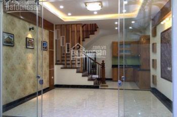 Chính chủ cần bán nhà ngõ phố Phan Kế Bính, Đội Cấn Cống Vị, BĐ DT 36 m2, giá 4,6 tỷ ô tô đỗ gần