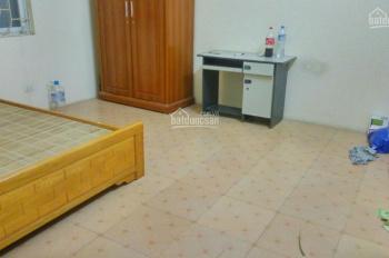 Cho thuê phòng tầng 3 tại ngõ 250 Kim Giang, đủ đồ giá 2.5tr/th