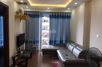 Cho thuê căn hộ full đồ chung cư Gemek 2, rộng 70m2 2PN, 2WC, giá 7,5 triệu/th. LH: 0964467711