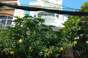 Bán gấp nhà biệt thự Q. Phú Nhuận DT 8x22m (NH L 15m), DTCN 200m2. Giá 18.8 tỷ