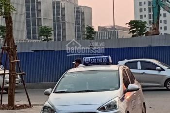 Bán nhà phân lô quân đội Phạm Văn Đồng 90m2 * 5 tầng, mặt tiền 5.1m, giá chỉ 9.3 tỷ