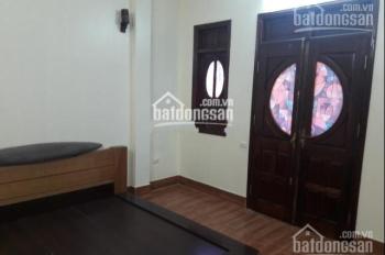 Cho thuê nhà riêng phố Tuệ Tĩnh, Nguyễn Đình Chiểu 40m2, 5 tầng, nhà đẹp gần đường giá 14tr/th