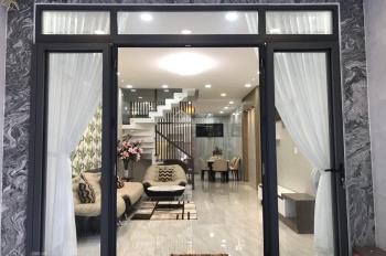 Bán nhà mặt tiền đường Trần Minh Quyền, Quận 10. (4x13m), 3 lầu