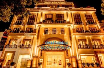 Cần bán nhà dự án khách sạn duy nhất còn sót lại diện tích 1.400m2 hai mặt phố giáp hồ Hoàn Kiếm
