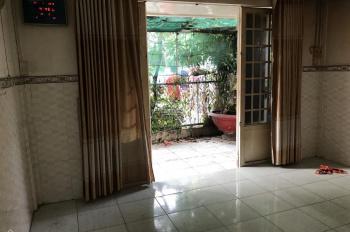 Nhà trệt lầu Hồ Văn Tư, Dt: 45.5m2. Cạnh chợ Thủ Đức giá chỉ 2.3 tỷ. LH: 0932677389