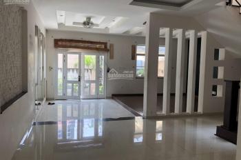 Bán villa 10.05x20m mặt tiền đường số P.Thảo Điền, Quận 2, 5 phòng ngủ, 03 lầu, 200m2 giá bán 25 tỷ