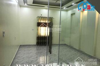 Bán nhà trong ngõ Trung Hành, ô tô có thể để trong nhà