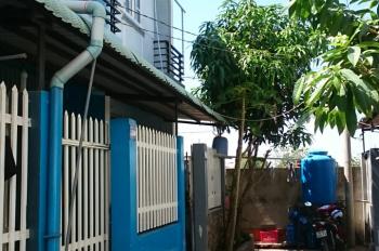 Cần bán nhà chính chủ cách uỷ ban xã Hưng Long, Bình Chánh vô 600m, sổ hồng riêng, giá chỉ 1 tỷ 2
