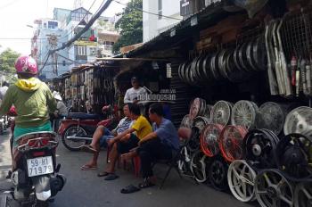 Kẹt tiền bán nhà mặt tiền ngay chợ Tân Thành - Tạ Uyên, P. 15, quận 5. DT: 4x22m, giá 18 tỷ