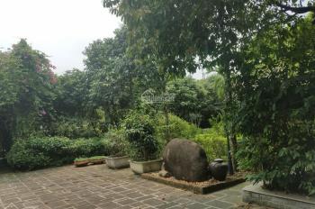 Bán biệt thự nghỉ dưỡng tại mặt đường Vai Réo, DT 3300m2, có nhà sàn, khuôn viên đẹp, giá rẻ