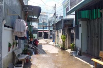 Bán nhà gần chợ Đông Hòa, gần siêu thị BigC, 1 trệt, 2 lầu