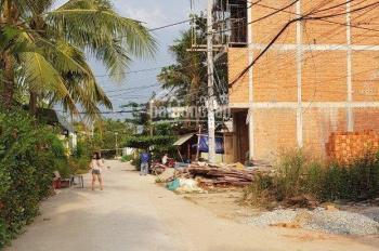 Bán đất một sẹc hẻm 301, cách Vườn Lài 150m, thông ra sông Sài Gòn, 80m2, 4.4 tỷ, 0909440701