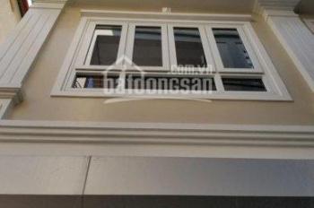 Chính chủ cần bán gấp nhà ngõ phố Đốc Ngữ, Đội Cấn, Liễu Giai, Ba Đình, DT 38 m2. Giá 4,9 tỷ