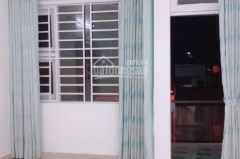 Bán nhà Phan Huy Ích p14 hẻm 361/34 vào 100m 1 trục hẻm thông 5m DT: 4x15m đúc 1 tấm, giá 4 tỷ 5
