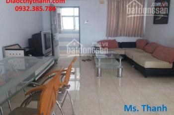 Bán căn hộ gần 80m2, giá 3 tỷ tại chung cư H3 quận 4