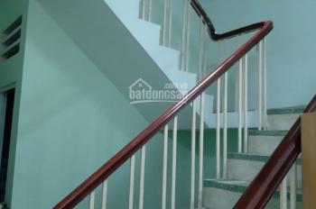Phòng cho thuê 6m x 20m, đường Cao Lỗ, mặt tiền đường rộng 30m, LH 0938191353, 4tr/tháng, giá tốt