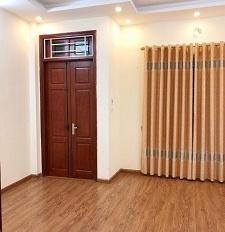 Cho thuê nhà riêng phân lô Tôn Thất Tùng - Chùa Bộc đất 90m2, xây 60m2 x 3T, ngõ to thông thoáng