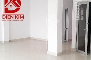 Cho thuê nhà hẻm lớn đường D2, phường 25, quận Bình Thạnh 8x20m, 1 hầm 3 tầng