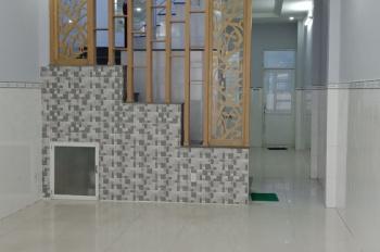 Cho thuê nhà hẻm xe hơi Nguyễn Tri Phương gần Nguyễn Trãi 4.5m x 22m, trệt, lầu, nhà mới 100%