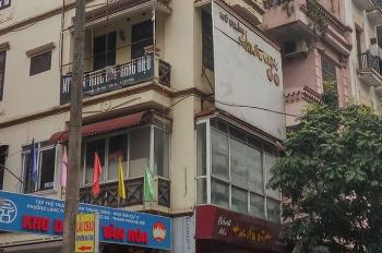 Nhượng nhà hàng mặt phố Thái Hà cực đông khách, DT 60m2, 4T, giá thuê 50 triệu/tháng
