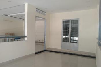 Nhà cho thuê cách sân bay 100m, phường 2, Tân Bình
