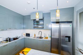 Cho thuê căn hộ River Gate Bến Vân Đồn, Quận 4, DT 120m2 full nội thất, giá 32 tr/th, LH 0977208007