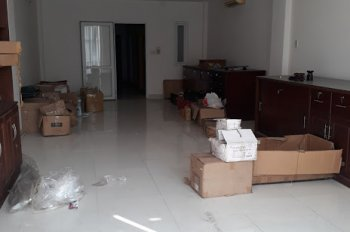 Cho thuê gấp nhà giá tốt đường Hoàng Hoa Thám, P13, Quận Tân Bình