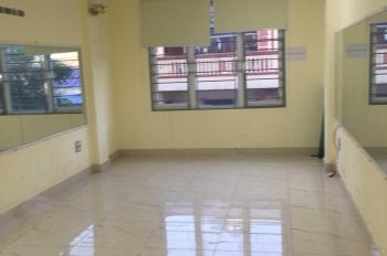 Cho thuê văn phòng ở mặt phố Trung Kính. Liên hệ 0965836488