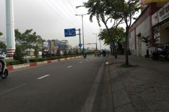 Cho thuê nhà mới xây MT Phạm Văn Đồng, Q. Gò Vấp, DT: 4x14m, 1 trệt, 2 lầu, ST. Giá: 40tr/th