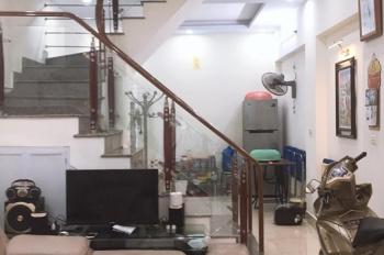 Bán nhà 3.5 tầng tại Trung Hành, có sân cổng riêng biệt